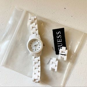 Guess watch- white